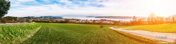 Panorama-Aufnahme von Überlingen mit Blick auf den Bodensee