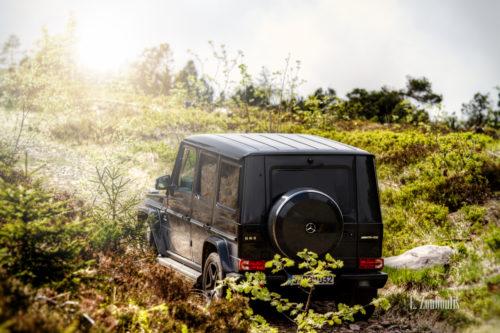 Ein Mercedes Benz G63 AMG unterwegs im Schwarzwald. Umgeben von wilder Natur