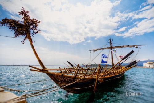 Aufnahme eines Nachbaus der Argo, eines antiken Schiffs aus der Mythologie in Volos, Griechenland