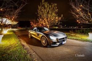 Nachtaufnahme eines Mercedes Benz AMG GTS zur Weihnachtszeit in Esslingen. Bild entstanden auf Einladung von Mercedes Benz
