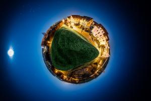 Der Planet Gärtringen – in diesem Fall auf dem Hügel am Kayertäle in Gärtringen. Ein 360 Grad Rundumblick in der Form einer Sphäre